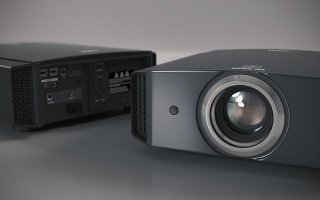 JVC DLA-X5900 VideoProjector