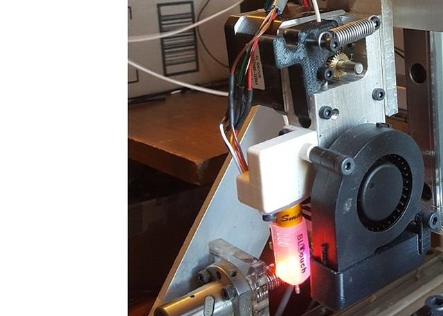 Custom 3D Printer Extruder
