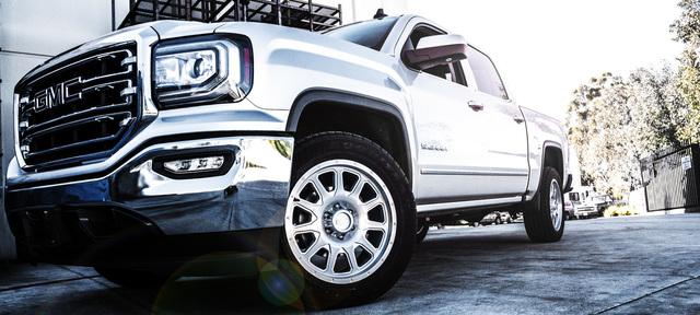 El Arco truck alloy wheel